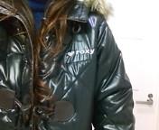 四十女にROXY<br />  のコート。